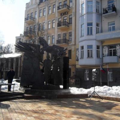 mykolayivtsi-vzyaly-uchast-u-vshanuvannya-vyacheslava-chornovola-v-kyyevi-12