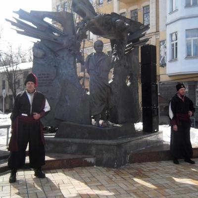 mykolayivtsi-vzyaly-uchast-u-vshanuvannya-vyacheslava-chornovola-v-kyyevi-20