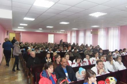 nagorodzhennya-peremozhtsiv-chervonoyi-kalyny-ta-pryvitannya-vyjskovosluzhbovtsiv-2