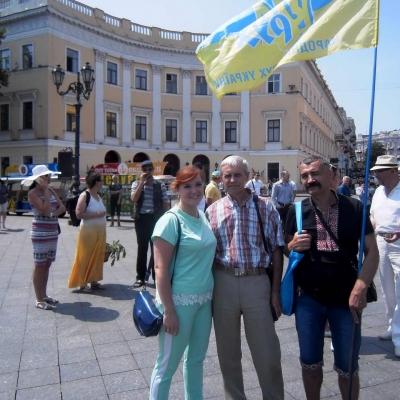 ruhivske-more-idej-ta-praporiv-nakrylo-odesu-i-napovnylo-yiyi-chornovolivskym-duhom-17