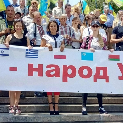 ruhivske-more-idej-ta-praporiv-nakrylo-odesu-i-napovnylo-yiyi-chornovolivskym-duhom-19