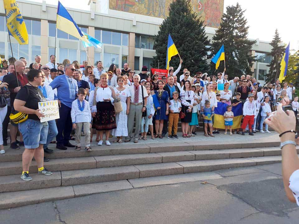 z-nagody-29-richnytsi-nezalezhnosti-ukrayiny-vidbuvsya-mykolayevi-tradytsijnyj-marsh-vyshyvanok-1
